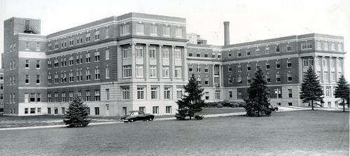 Roger Williams General Hospital, Chalkstone Ave, Providence