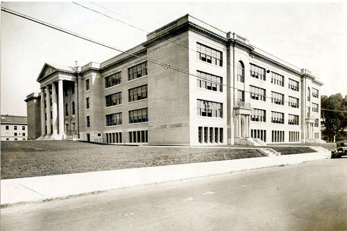 Bucklin Street Junior High or Gilbert Stuart Junior High School, Providence