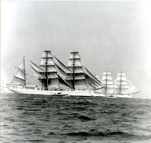 3 Tall Ships unidentified