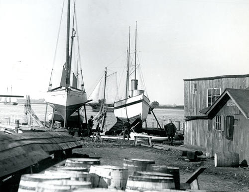 Eddie's Boat Yard now Newport shipyard