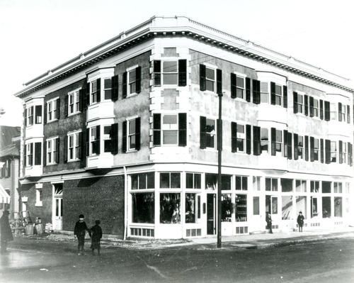 Buckley Block, Broadway at Oak Street, Newport