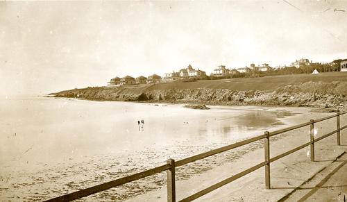 Cliff Hotel & Cottages from Easton's Beach, Newport