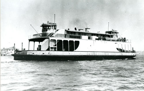 "Ferry ""Jamestown"", Newport"