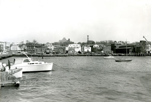 Newport Waterfront from Old City Yard Looking North
