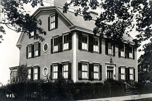 Hunter House, Washington Street