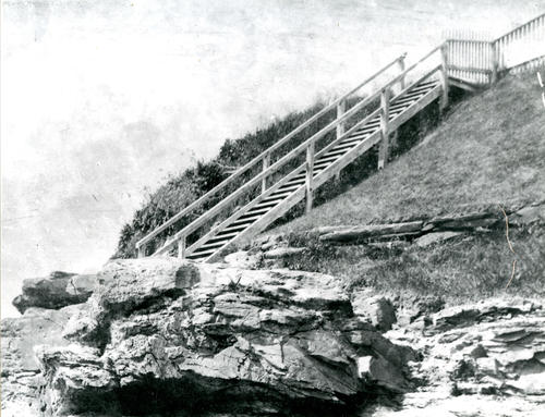 Cliff Walk, Newport; Forty Steps