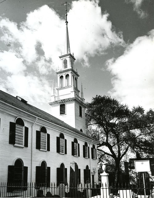 Trinity Church, Newport; Side view of Exterior