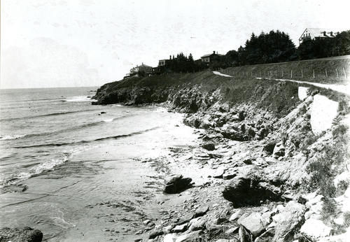 Cliff Walk, looking South, Newport