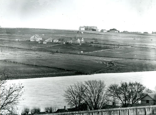St. George's School and Oxx Farm, Middletown