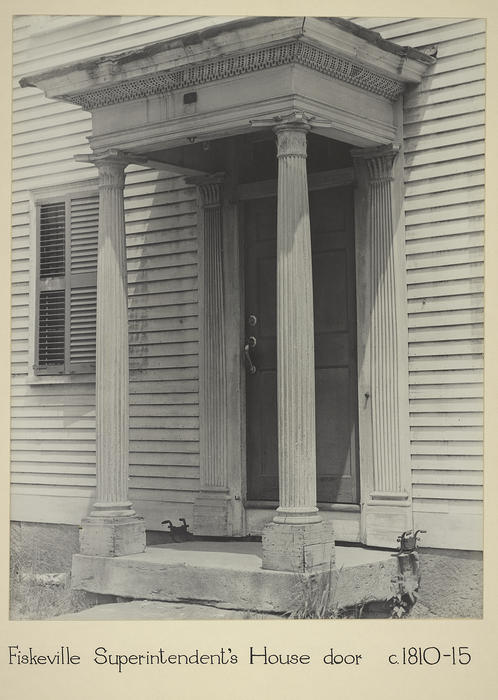 Fiskeville Superintendent's House door c. 1810-15