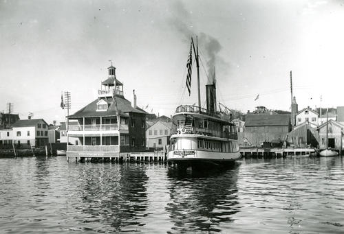Steamer Awashonks, Sayer's Wharf, Newport