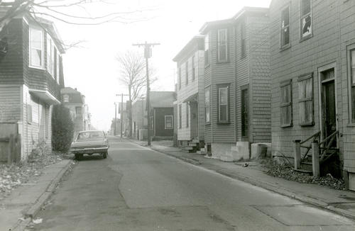 Levin Street (Upper) East From Martin Street