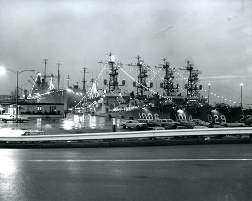 U.S. Naval Base, Newport; Holiday Season