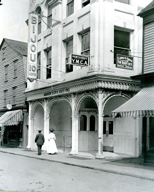 Bijou Theater, East Side of Thames Street, Newport