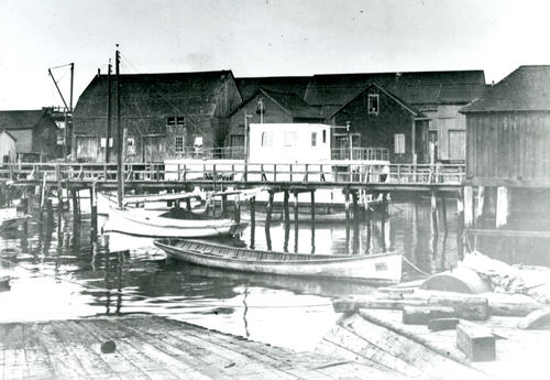 Ann St. Pier from Newport Shipyard; Hibernian Boat in Foreground