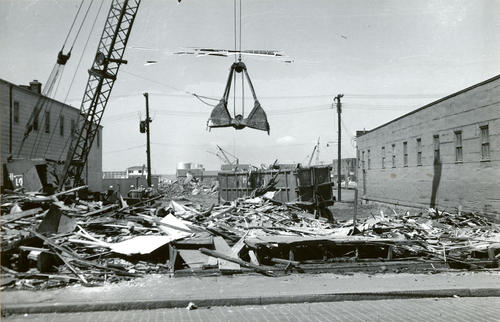 Thames Street, Newport; Demolition of Lincoln Store at Swan Avenue