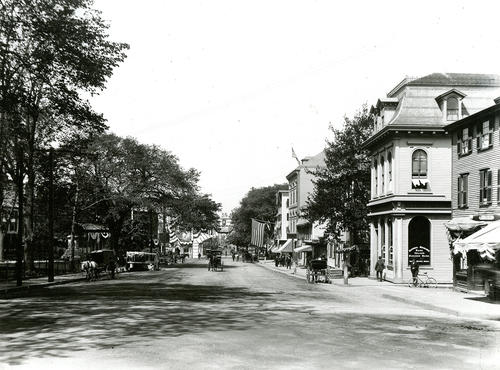 Washington Square, Looking East; San Diego Day, Newport