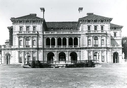 The Breakers, Newport; East Front-general View