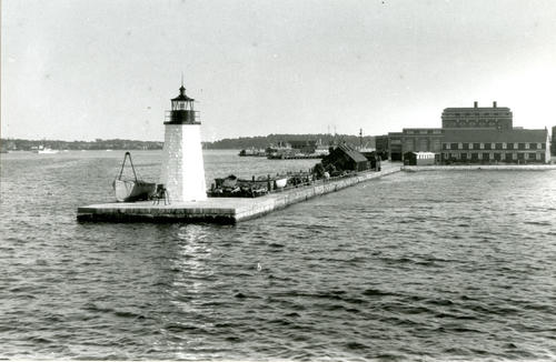 Goat Island Light Station, Newport; North End
