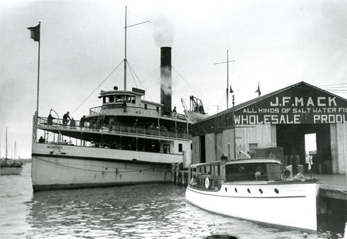 Steamer Mount Hope, foot of Lee's Wharf, Newport