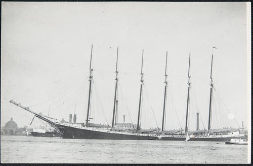 [unidentified 6 masted schooner.  Wyoming?]