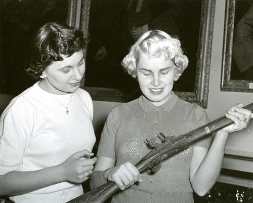 Women with Gun
