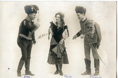 Three operetta actors