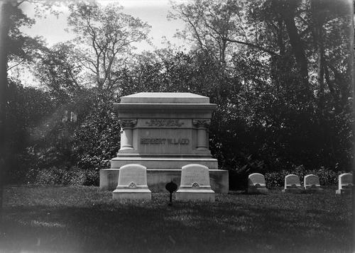 Grave of Gov. Henry W. Ladd